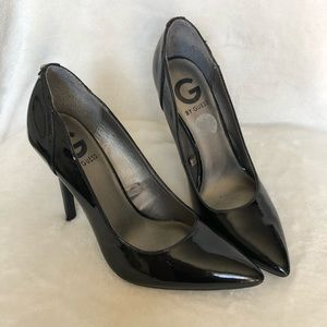 G By GUESS pointy heels